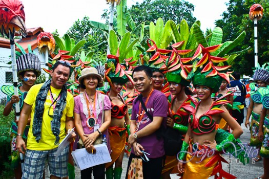the author  Jojo Vito, with a fellow judge Ms. Mary Ann Manganti from LCCBacolod and another happy tripper Orlie Octoso