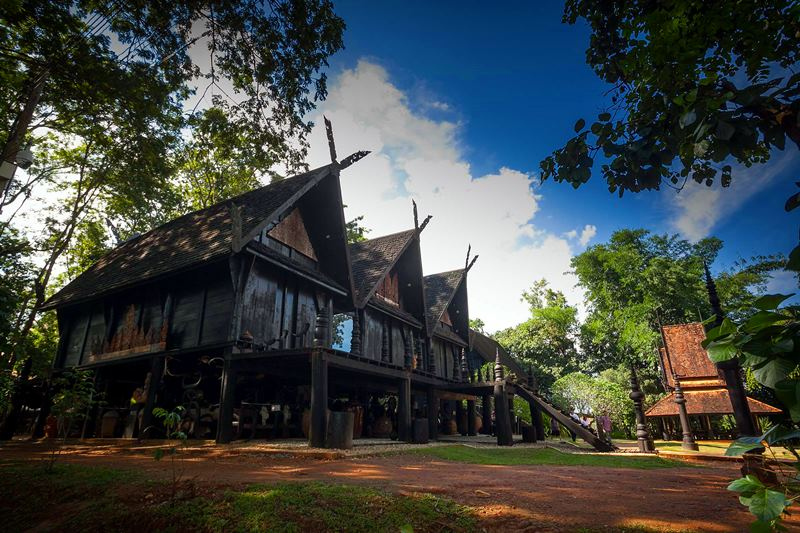 BAAN DAM – BLACK HOUSE MUSEUM