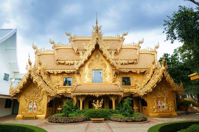 Wat Rong Khun, WHITE TEMPLE, CHIANG RAI, THAILAND