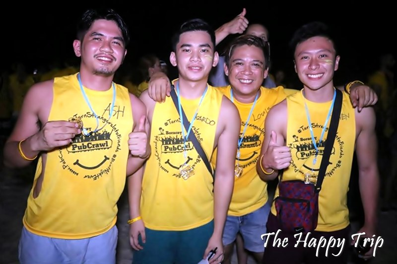 TURN STRANGERS INTO FRIENDS | BORACAY PUBCRAWL