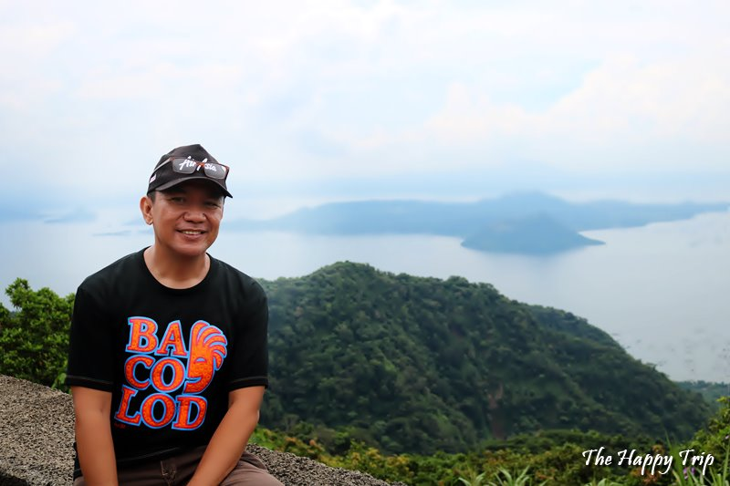Jojo Vito, Travel Blogger of the Happy trip