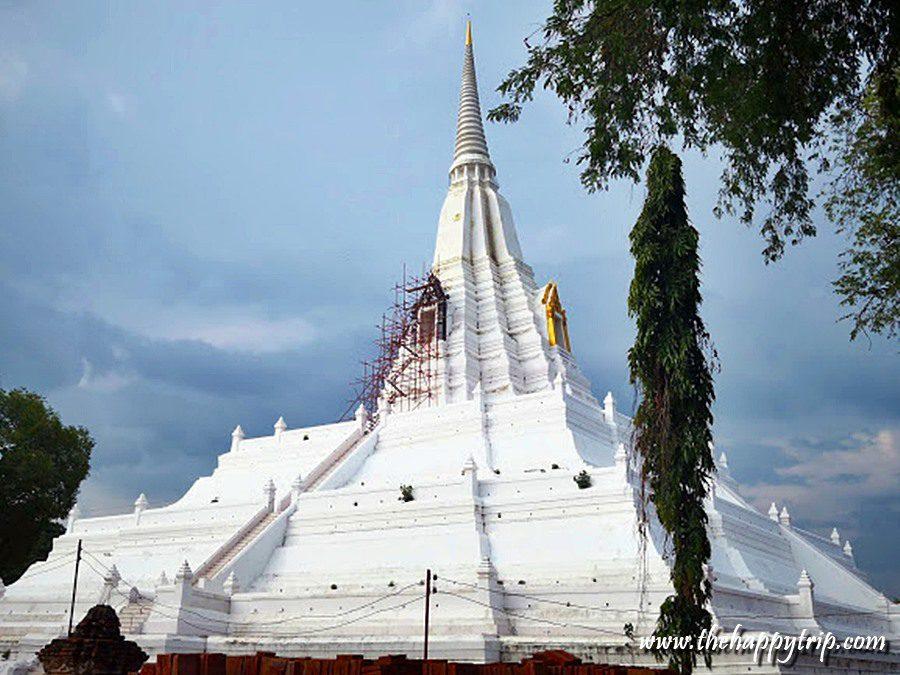 Chedi Phu Khao Thong