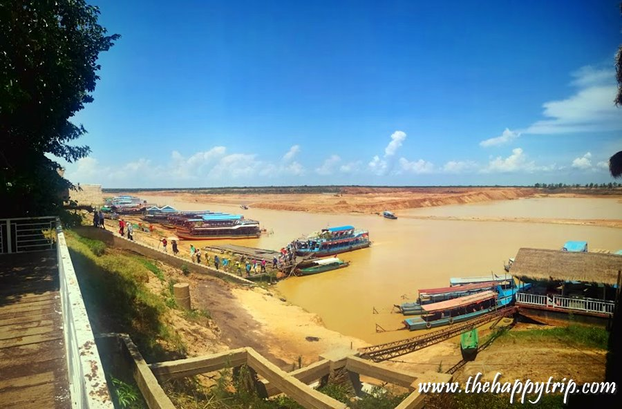 TONLE SAP LAKE , SIEM REAP, CAMBODIA | TOURIST ATTRACTION + TRAVEL GUIDE