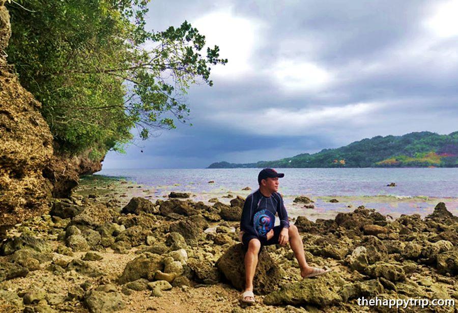 Jojo Vito, the travel blogger