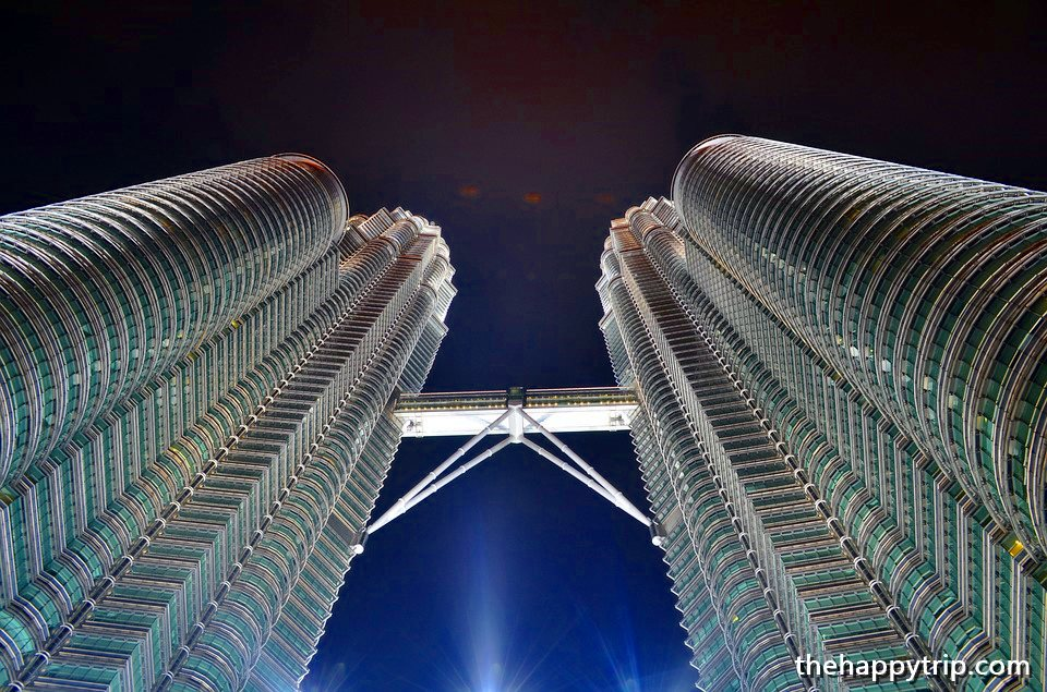 PETRONAS TWIN TOWERS,MALAYSIA